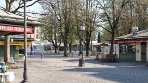 The deserted Viktualianmarkt beer garden